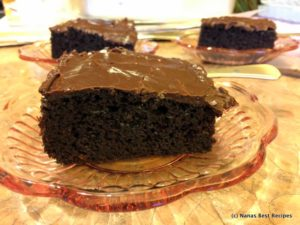 Dark Choc Cake and Cocoa Frosting-002