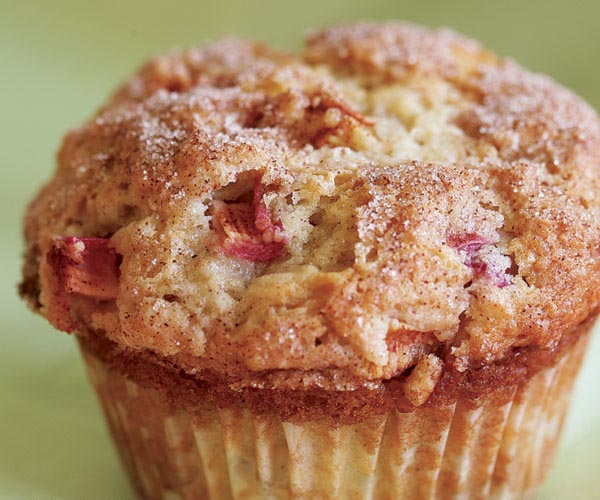 Rhubarb Coffee Cake Muffins With Buttermilk